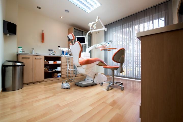 clinica-dental-san-anton-granada-consulta (10)